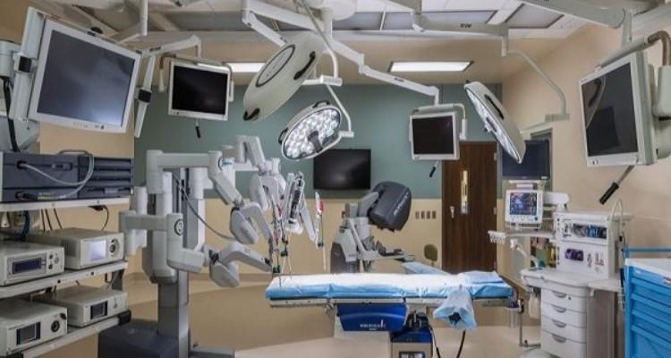 تجهیز مراکز درمانی دشت مغان به دستگاه های پیشرفته/ پیگیر حل مشکلات مردم هستیم